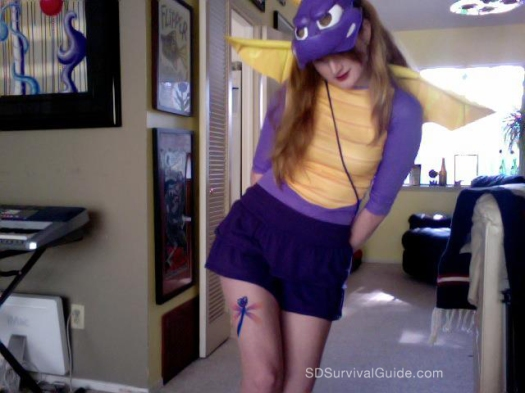 sami-spyro-dragon-girl-costume-sparx-wings