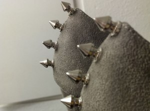spikes-close-up-shoes