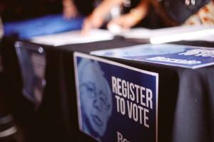 register-to-vote-bernie-sanders-san-diego-pre-election-kick-off